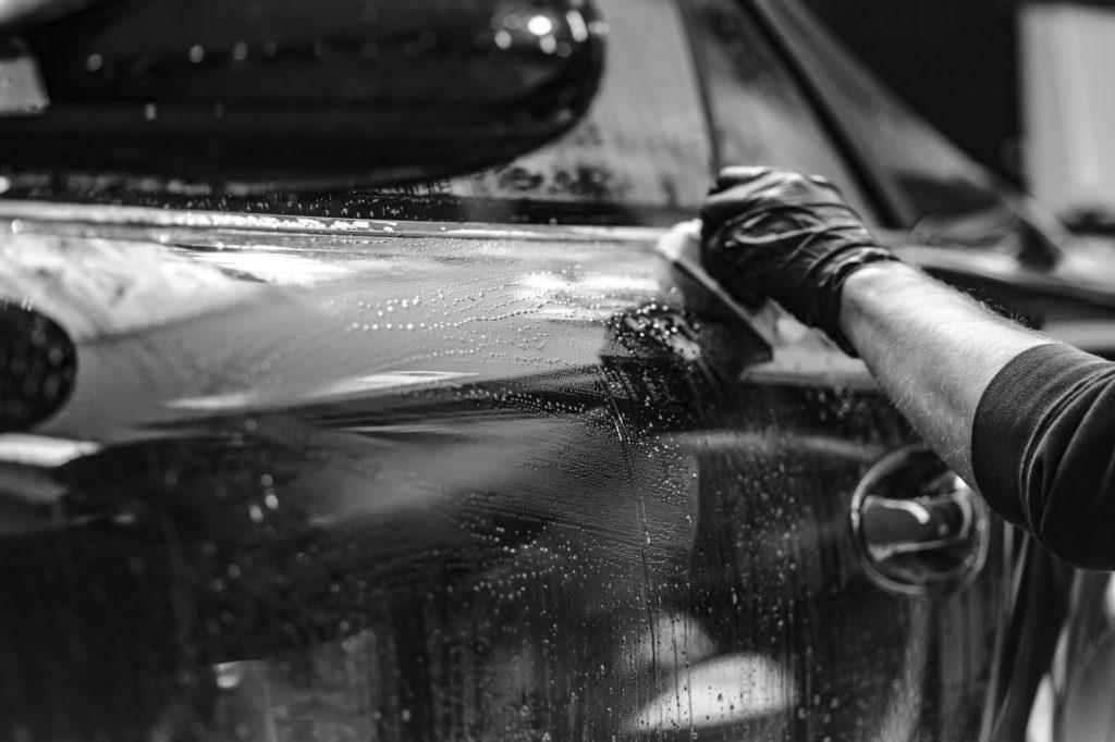 Auto waschen per Hand